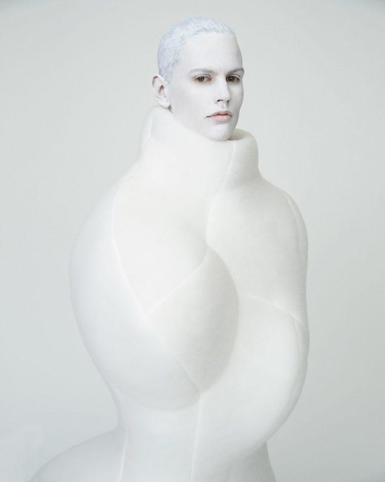 Saskia-de-Brauw-by-Erik-Madigan-Heck-T-Style-1-760x950